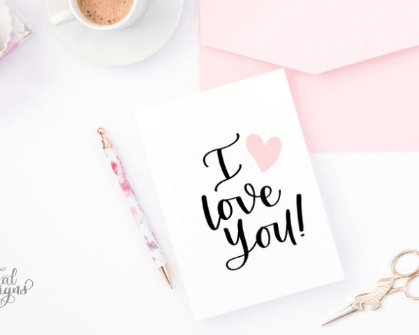 "3 WAYS TO LETTER ""I LOVE YOU"" + FREE PRACTICE SHEET"