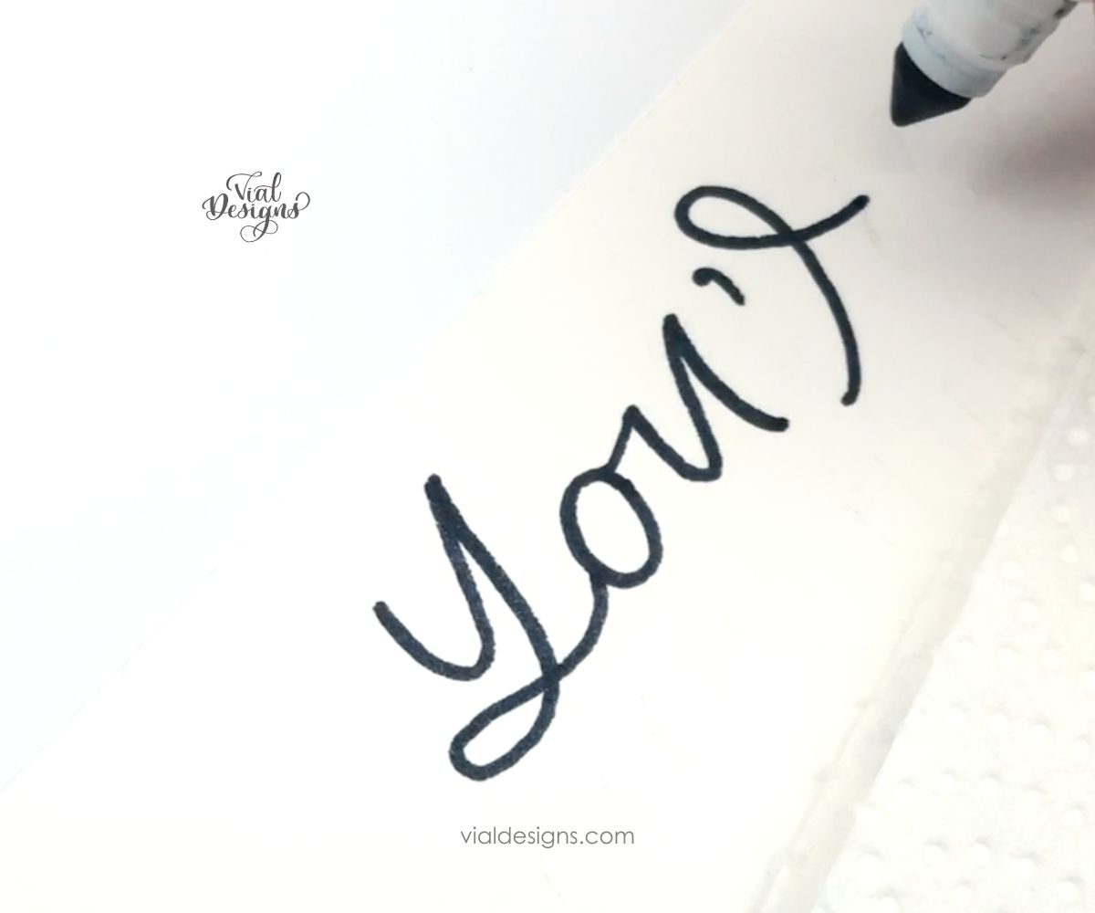cover the lettering with a paper towel_galaxy lettering tutorial